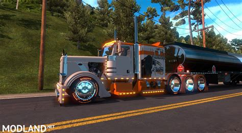 kenworth vs peterbilt ats t d s peterbilt 389 vs predator mod for