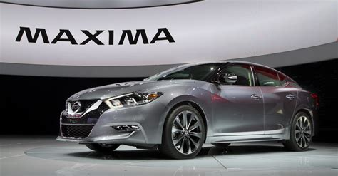 nissan maxima 2016 nissan maxima goes wagon in another incursion into