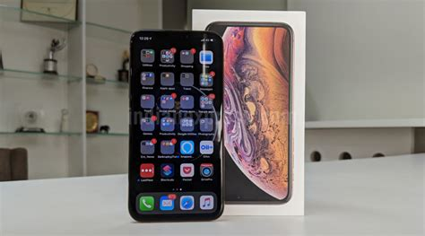 apple iphone xs review  premium phone