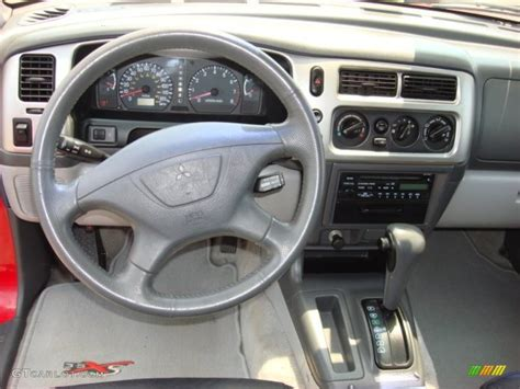 electric power steering 2006 mitsubishi montero instrument cluster service manual how to remove dash on a 2001 mitsubishi montero 2003 mitsubishi pajero dash