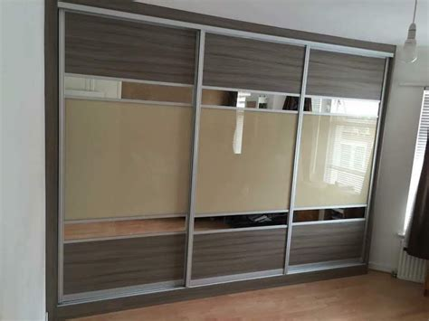 Fitted Bedroom Wardrobes by Fitted Wardrobes Ideas Metro Wardrobes