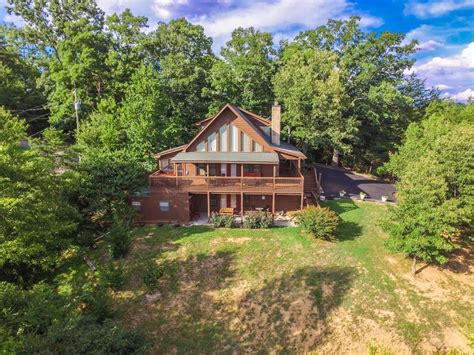luxury cabin rentals great smoky mountain luxury cabins luxury smoky mountain