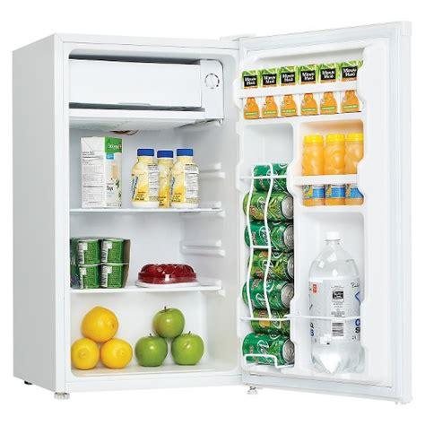 danby 3 2 cu ft mini refrigerator white dcr032c1wd