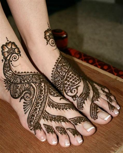 henna nice design 60 latest mehndi designs for hands and feet easyday