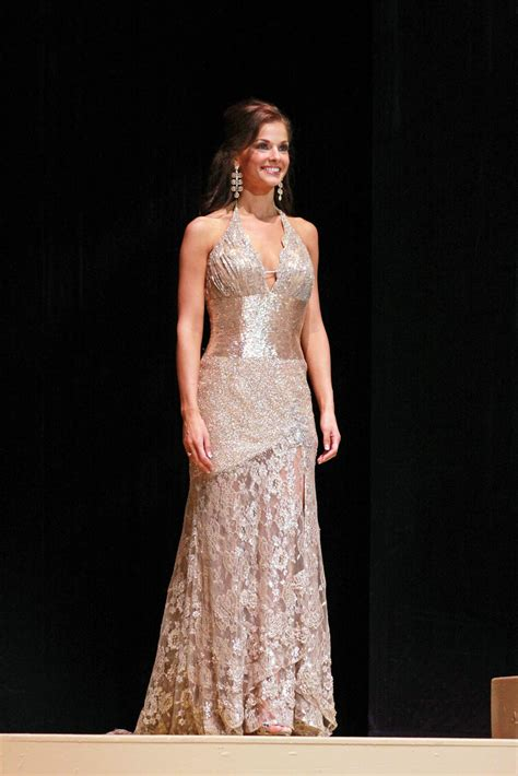 Evening Gowns by Choosing Your Evening Gown