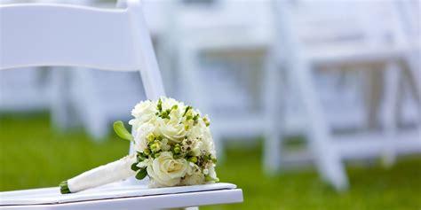 ideas  ways  remember dead relatives   wedding
