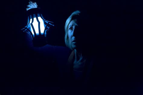 leigh whannell and angus sson primer vistazo a insidious cap 205 tulo 3