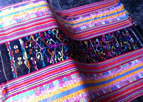 Tenun Ikat Etnis Timor 1 1000 images about kain ikat and songket on balinese the silk and islands