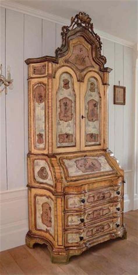 Petit Meuble à Tiroirs 1696 by Table Louis Xiii Noyer Sculpt 233 Pieds Torsad 233 S Haute Epoque