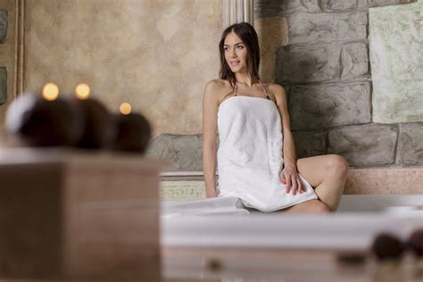 can you get pregnant from a bathtub hot tubs during pregnancy safety concerns and health risks