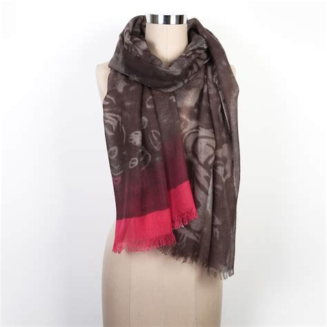 moody scarf amazing