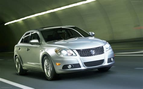 suzuki kizashi 2012 widescreen car image 16 of 46