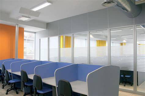 colore ufficio colore pareti ufficio parete mobile in vetro per