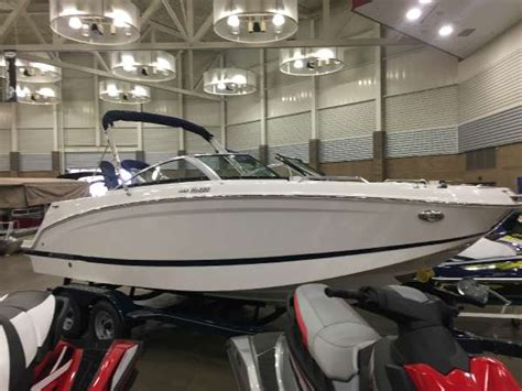bowrider boats for sale indiana bowrider boats for sale in syracuse indiana
