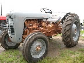 ferguson fe35 golden grey vintage tractor engineer