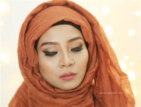 Dijamin Just Miss Liquid Eyeliner Eyeliner Cair Hitam day 1 of 100daysmakeupchallenge detail makeup