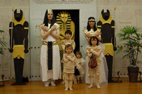 birthday themed halloween costumes egyptian themed party 2010 egyptian theme halloween my