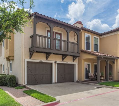 Katy Apartments With Garages by Find Luxury Apartments For Rent In Dallas Tx The