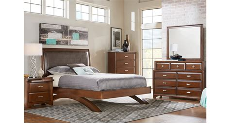 7 pc bedroom set belcourt cherry 7 pc queen platform bedroom contemporary