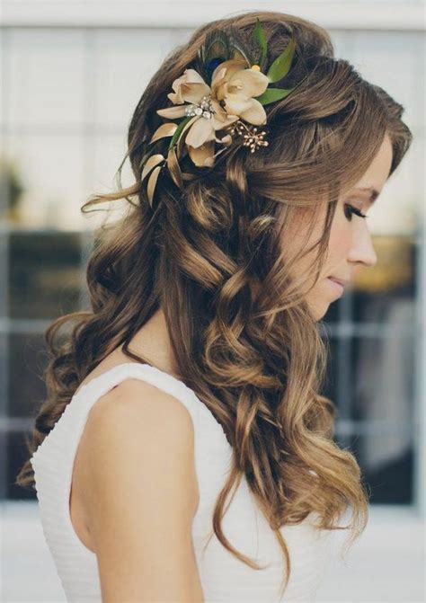 Bridal Hairstyles: Open, Semi open, Or Pinned Up?  100