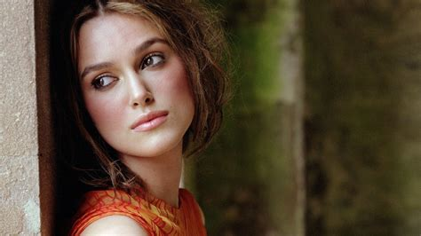 hd wallpapers for desktop of hollywood actress keira knightley hd wallpapers