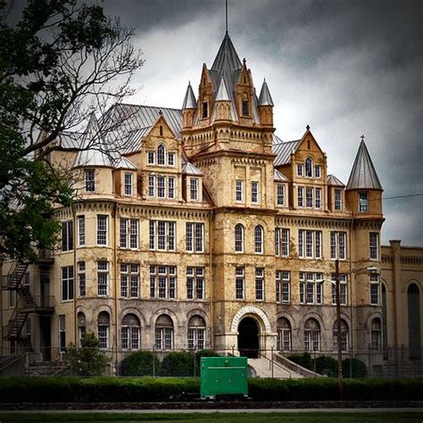 haunted houses in nashville the abandoned tennessee state penitentiary is probably the creepiest place in