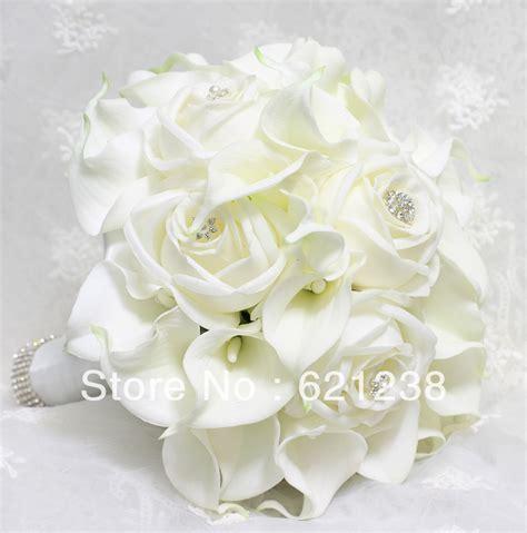 Benihbijibibit Bunga Tulip Blanc ems free shipping holding white calla flower calla wedding bouquets and roses
