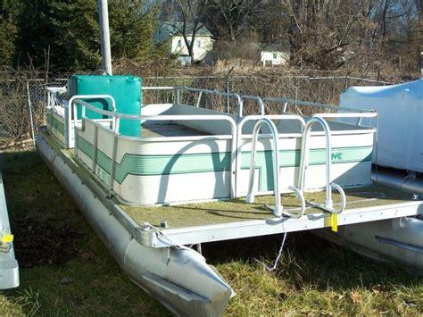 old pontoons sale fix up an old pontoon boat poontoons pinterest