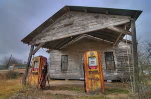 Lone Star Home Decor Photo 1128 10 Old Gas Station With A Vintage Pickup Truck