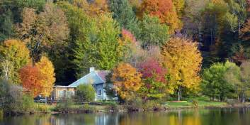 Most Picturesque Towns In Usa Best Fall Foliage Small Towns In America Leaf Peeping