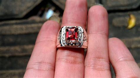 Cincin Batu Permata Almandine Garnet 551 Ct batu cincin permata garnet ceylon asli kode 718