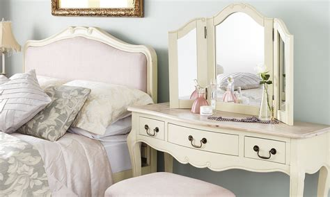 white cream bedroom furniture cream bedroom furniture best home design ideas