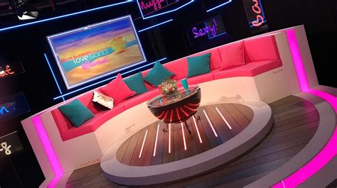 love island aftersun celebrity panel ask yourself this what does every long hot summer need
