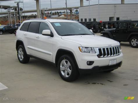 2011 Jeep Laredo White 2011 Jeep Grand Laredo X Package