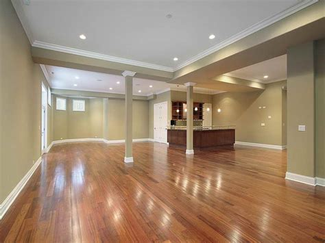 Home Remodeling : Basement Remodeling Ideas With Hardwood