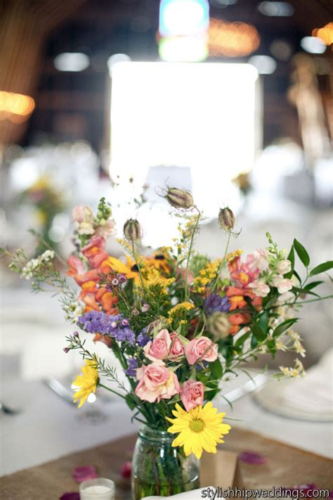 Wildflower Arrangements For Weddings by Wildflower Wedding Centerpiece Wholesale Wedding Flowers