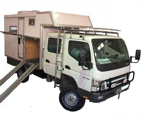 Mitsubishi Canter Double Cabin 4x4 Camper   Pere Maimi   Off Road Engineering   Kits 4x4
