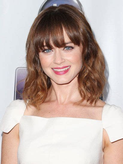 shoulder grazing hair 351 best images about the long bob on pinterest