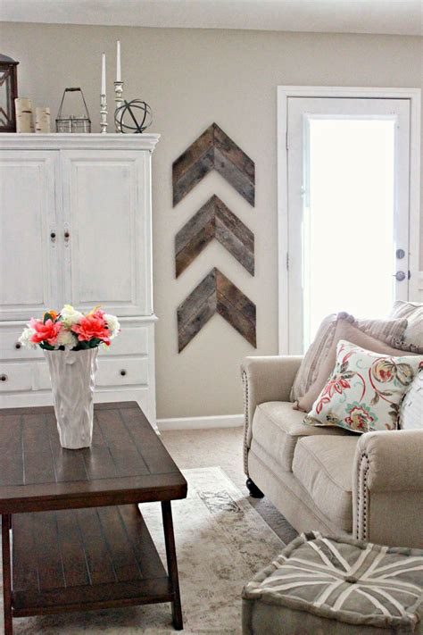 diy living room wall art 15 striking ways to decorate with arrows