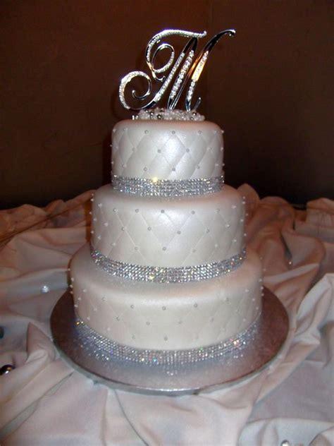 bling wedding cake rhinestoneweddingcake sugarplumcakeshoppe weddingcakes shoppe weddings
