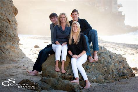 laguna beach portrait photographer fun family shots