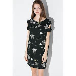Intuitions New Spin On The Galaxy Dress by Heidi Klum Announces Winner Of Germany S Next Topmodel In
