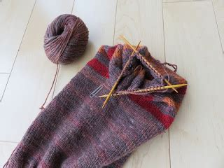 increasing knitting stitches evenly across row crafty mummy japan reversible hat and neck warmer