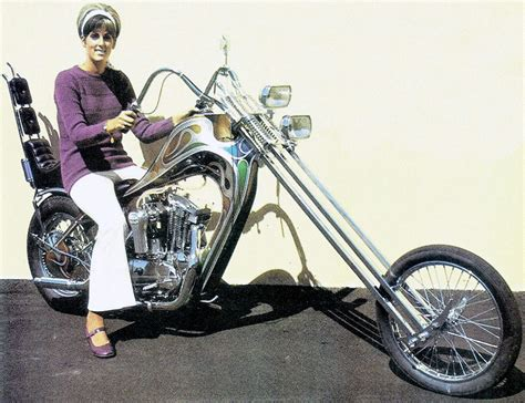 Chopper Motorrad Harley by The History Of The Chopper Motorcycle Get Lowered Cycles