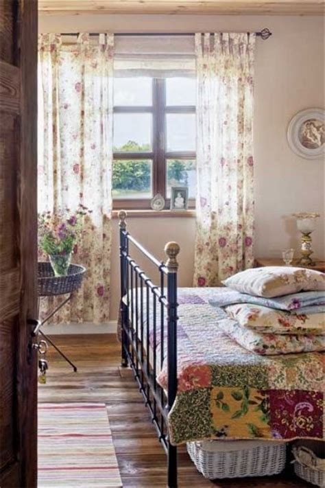 country cottage bedroom it sonlynatural by kathy cottage bedrooms pinterest