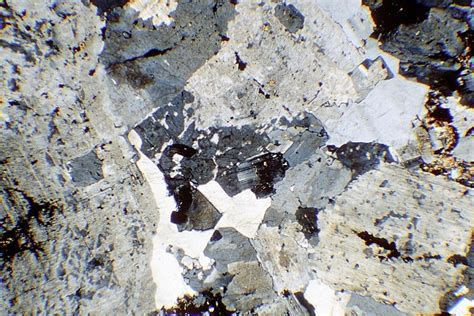 quartz in thin section rocks of nw scotland rock sle images