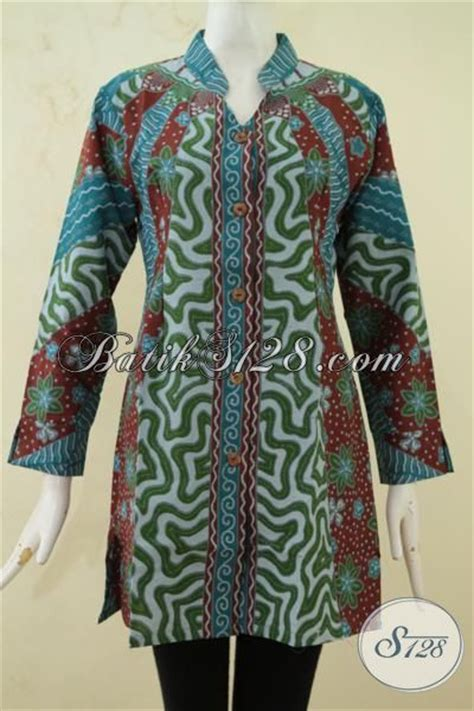 desain baju batik ibu ibu blus pakaian kerja bahan batik printing desain modern nan