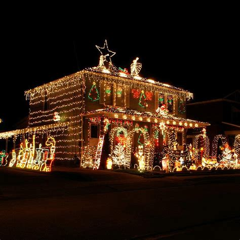 pictures of homes decorated for christmas on the inside the most decorated christmas homes in america popsugar home