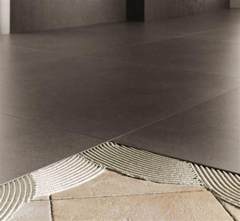 tegels uitbreken dunne tegels ideaal voor renovaties keramische tegel