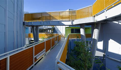 santa monica low income housing daly genik s tahiti housing complex in santa monica redefines sustainable low income